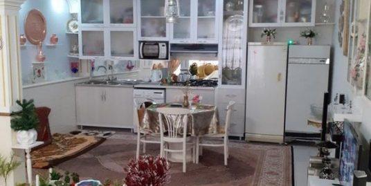 خانه دو طبقه در آخونی شریفی یک